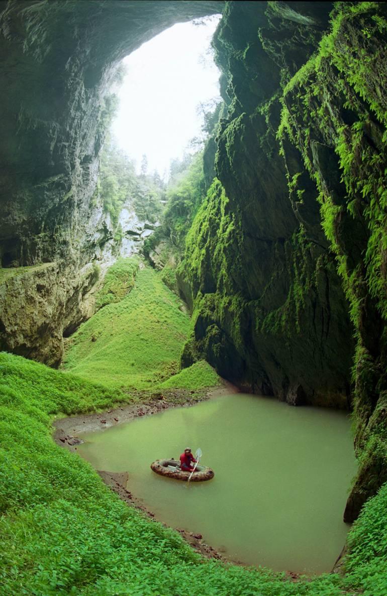 Пещера-пропасть в карстовом массиве «Моравский карст»