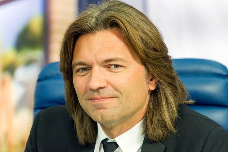 Дмитрий Маликов: хочет сделать пластическую операцию!
