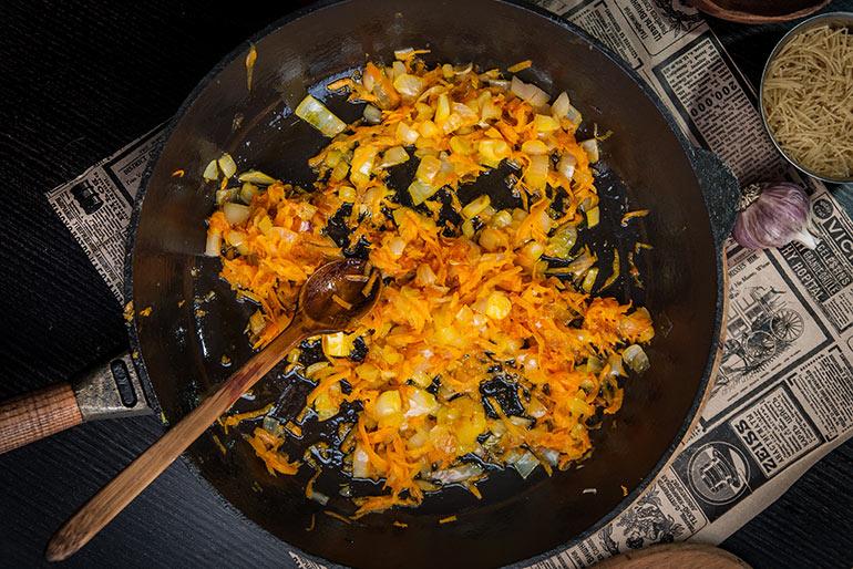 «Литературная кухня». Суп с потрошками для Глеба Жеглова.