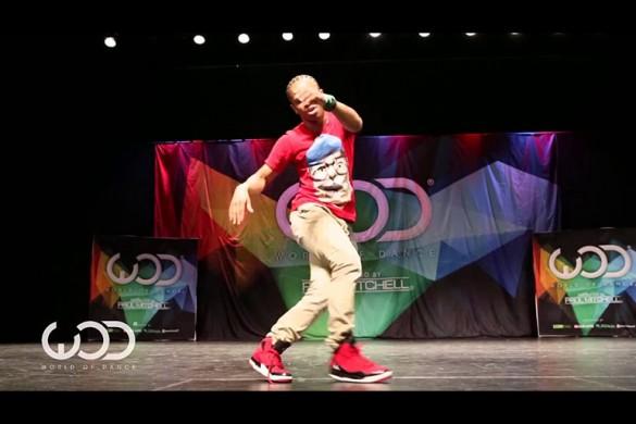 Невероятно талантливый парень на фестивале танцев